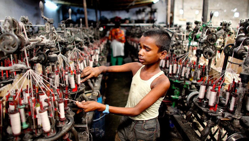 Trabajo-Infantil-India-Fabrica-Textil-00173185.jpg